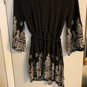 Forever 21 Dresses - Forever 21 black Bohemian style dress